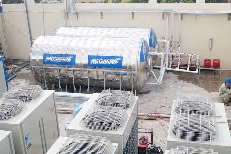 Bồn chứa nước nóng Megasun dung tích 3000 Lít